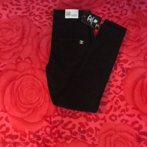 Black soft skinny jeans